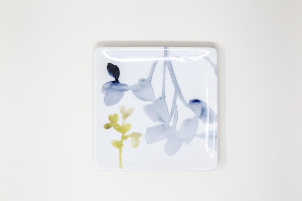 Fringe_Floral-Plate