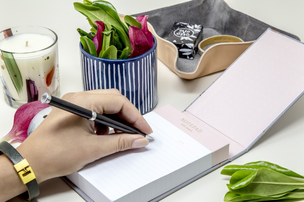 Fringe_Marbled-Note-book_Promo