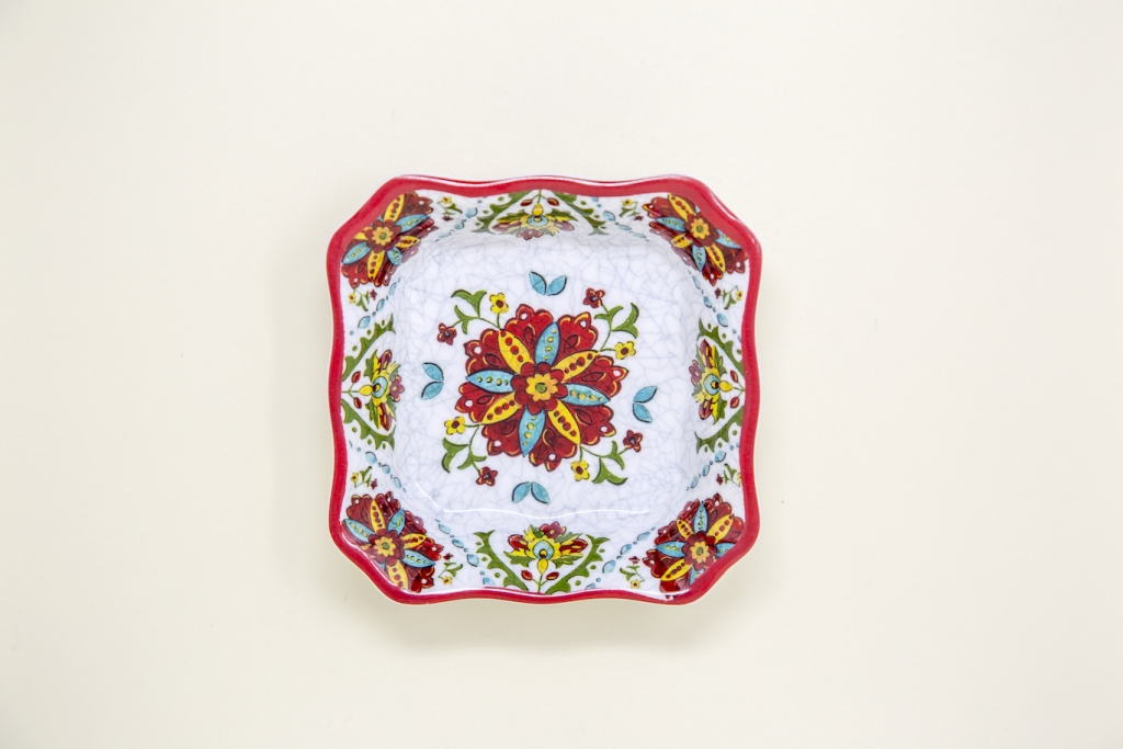 Le_-Cadeux_Mini-Dish_Red-White