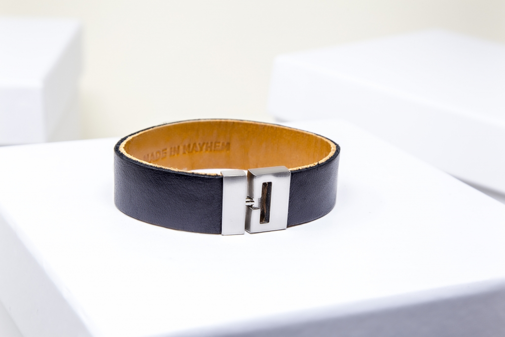 Made-In-Mayham_Mens-Black-Braclet