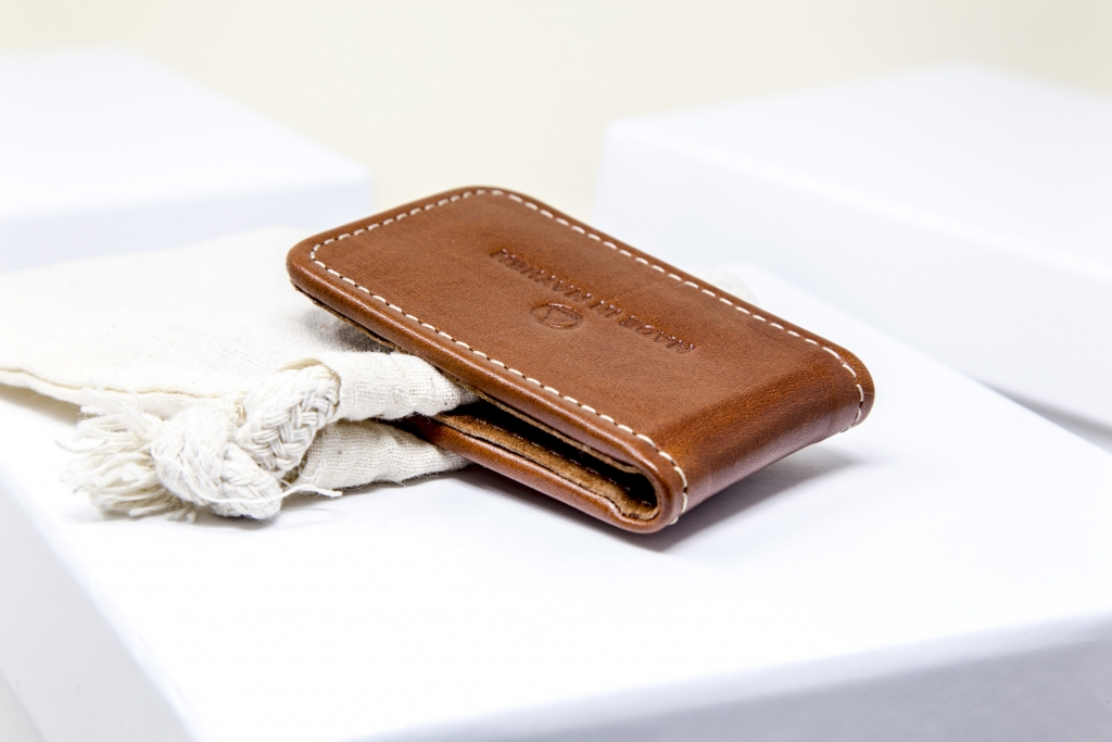 Made-In-Mayham_Tan-Wallet