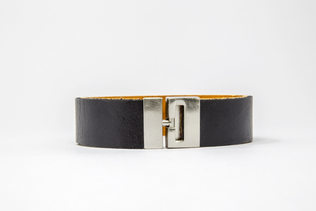 Made-In-Mayhem_Mens-Leather_Braclet_Black